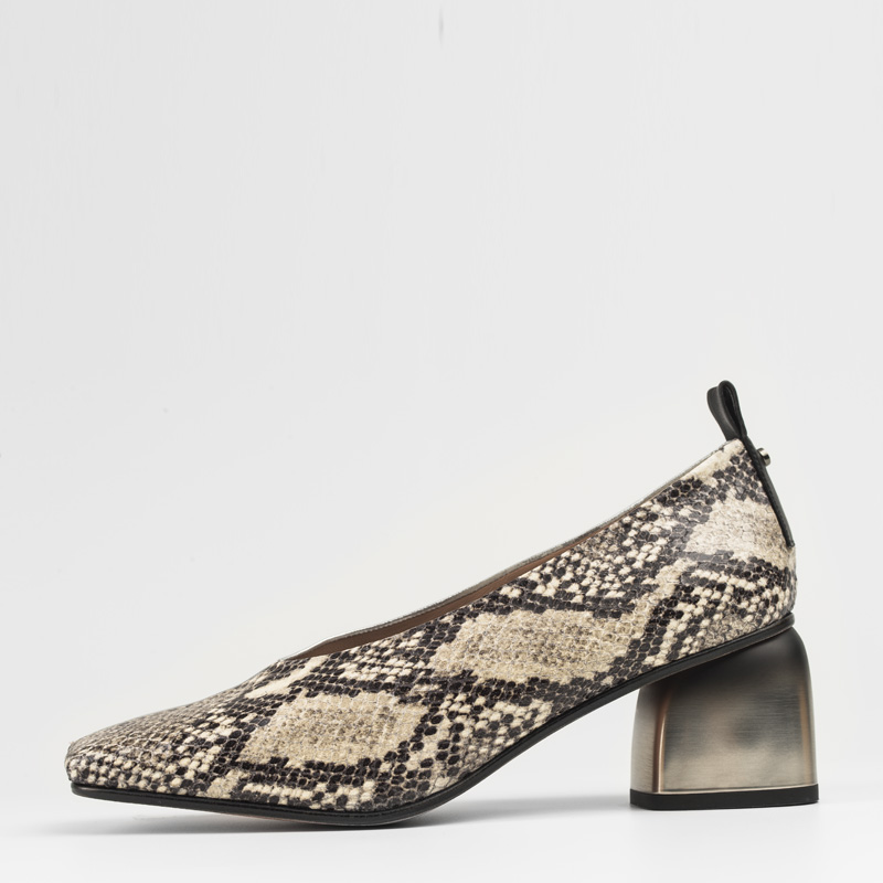 Zapato Serpiente Blanca Plata 01